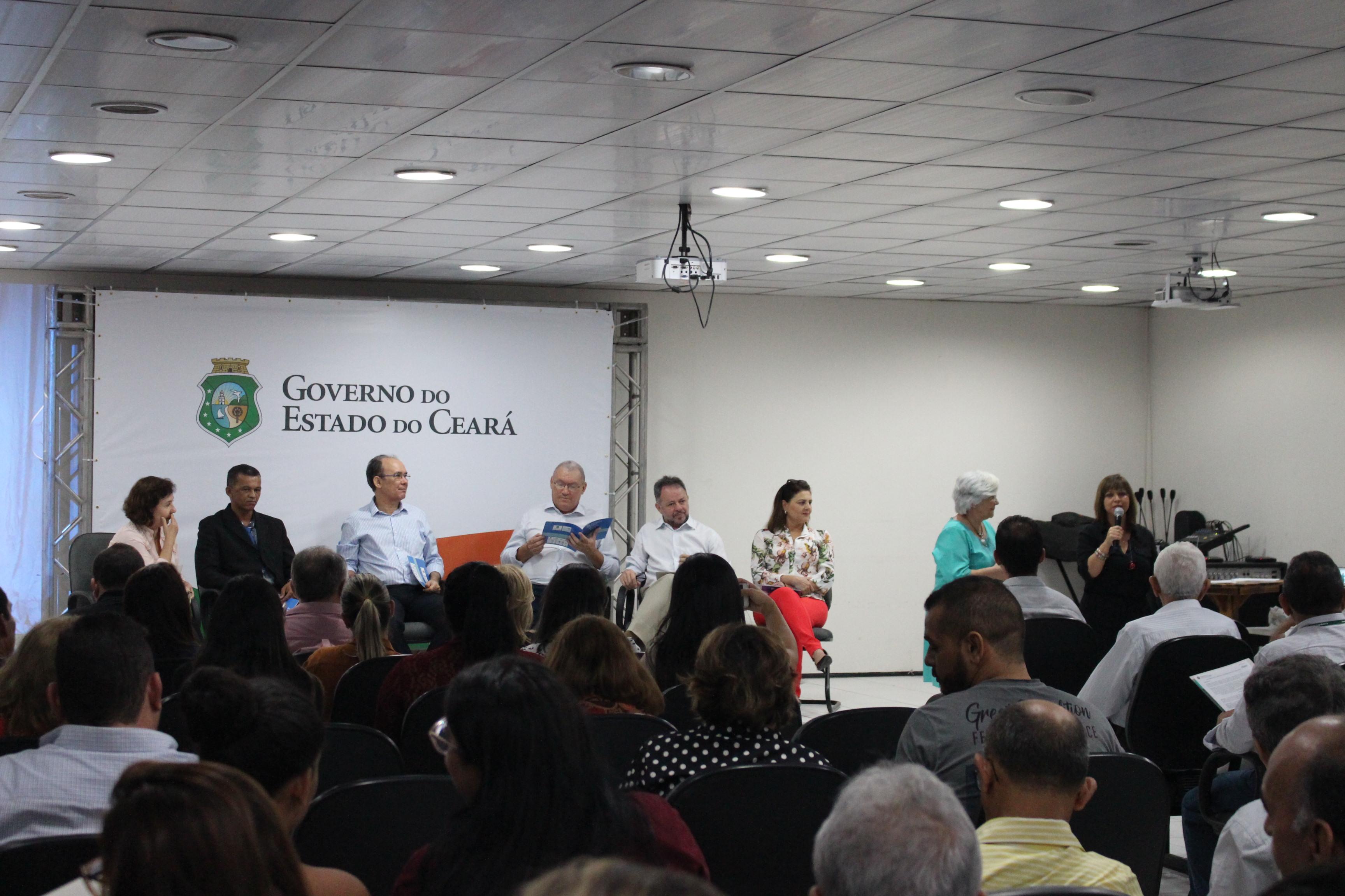 SRH lança cartilha educacional para escolas cearenses