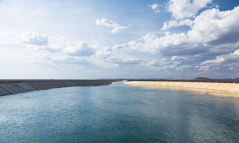 Águas do São Francisco chegam ao Ceará