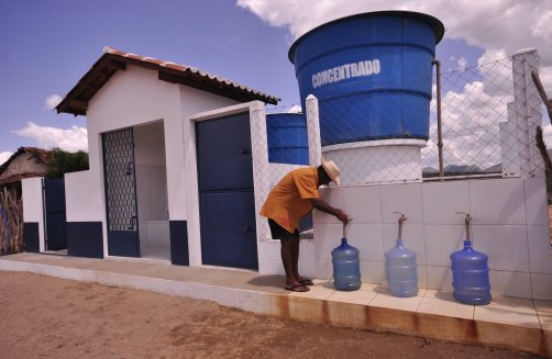 Programa Água Doce: 100 novos sistemas serão instalados no Ceará