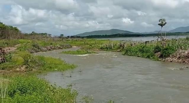 Açude Pacoti na RMF recebe águas do Castanhão/PISF